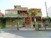 02_Yucca_appartments_frontal_view